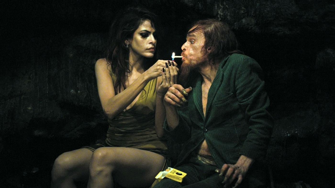 1. Holy Motors - Revista Mutaciones
