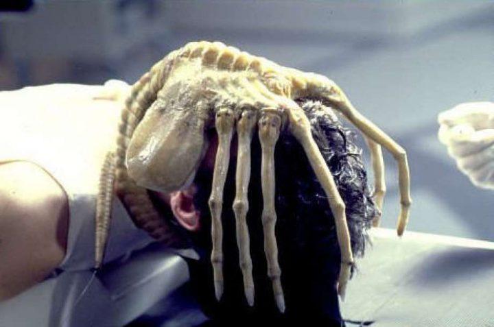 alien-facehugger-mutaciones