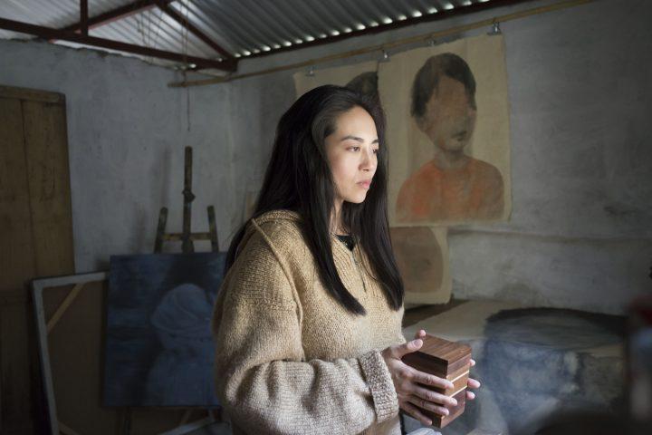 Leanna Chea interpreta a Thuy