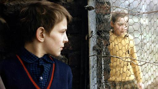 La infancia desnuda (1968)